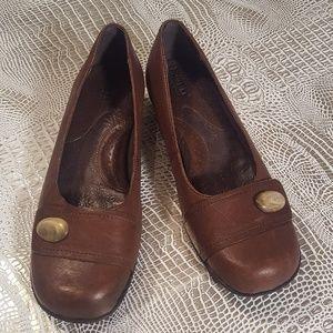 Born BOC Brown Low Heel Slide On Loafers